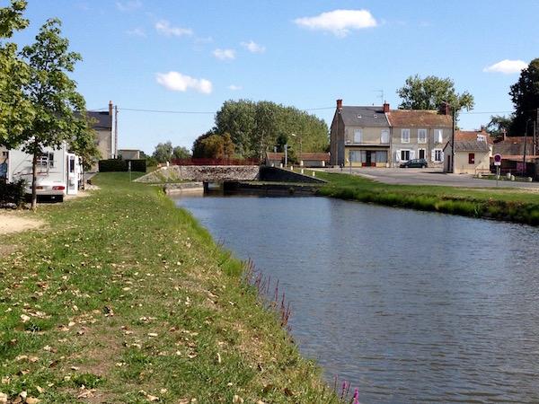 Sancoins canal & Aire